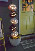 Creative diy halloween outdoor decoration ideas 10