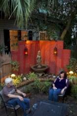 Diy backyard privacy fence ideas on a budget (12)