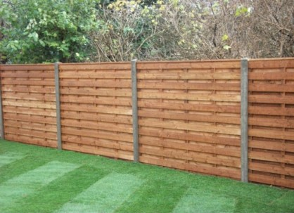 Diy backyard privacy fence ideas on a budget (19)