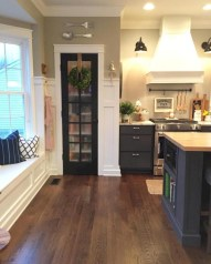 Decorate awesome kitchen with farmhouse cabinet (11)
