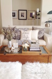 Elegant halloween living room decoration ideas 29