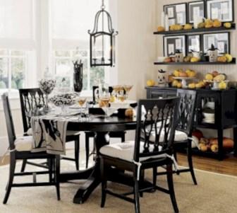 Elegant halloween living room decoration ideas 31