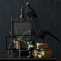 Elegant halloween living room decoration ideas 45
