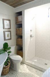 Farmhouse bathroom ideas for small space (22)