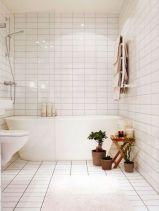 Farmhouse bathroom ideas for small space (41)