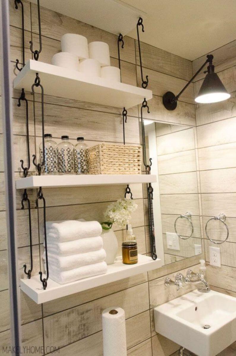 Farmhouse bathroom ideas for small space (6)