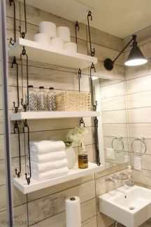 Farmhouse bathroom ideas for small space (6)