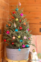 Fun and cute colorful christmas decoration ideas 02