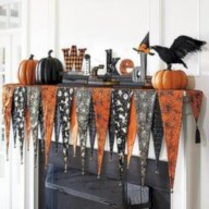 Great halloween mantel decorating ideas 43