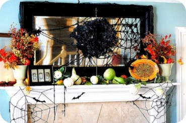 Great halloween mantel decorating ideas 55