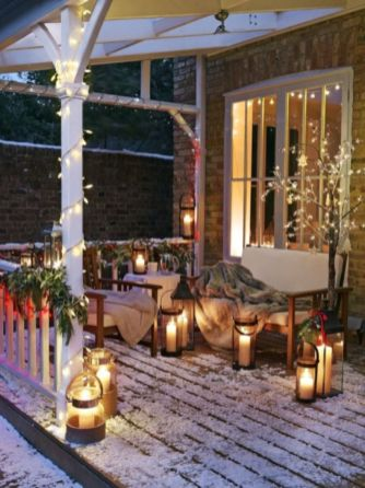 Ideas how to make comfortable rustic outdoor christmas décoration 45