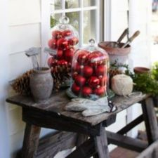 Ideas how to make comfortable rustic outdoor christmas décoration 47