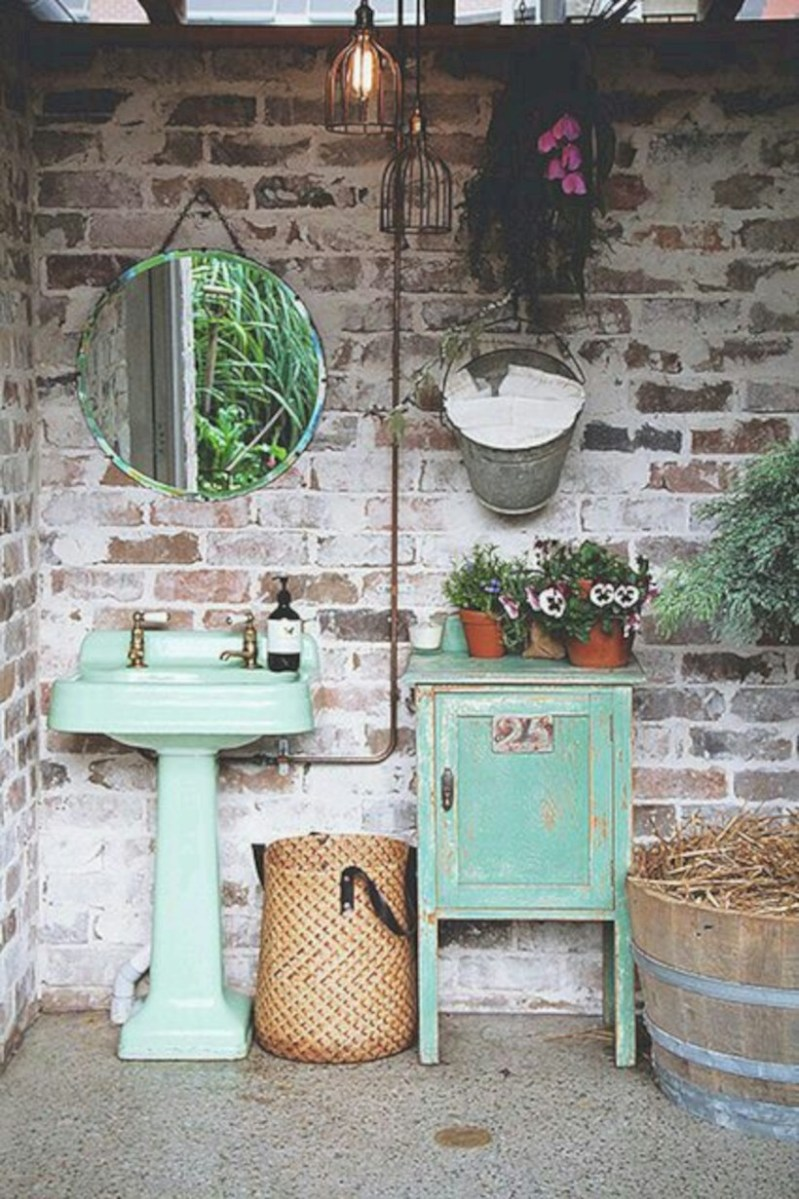 Industrial vintage bathroom ideas (49)
