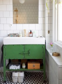Industrial vintage bathroom ideas (59)