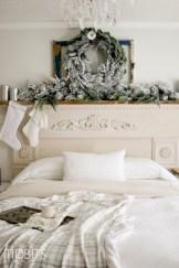 Inspiring christmas bedroom décoration ideas 49