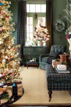 Inspiring christmas decoration ideas using plaid 05