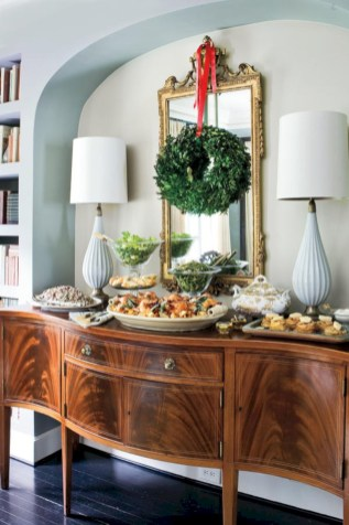 Inspiring christmas decorations ideas with traditional touch 38