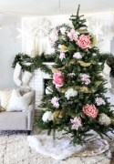 Inspiring christmas decorations ideas with traditional touch 47