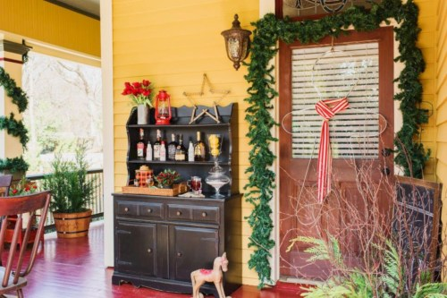 Inspiring christmas decorations ideas with traditional touch 60