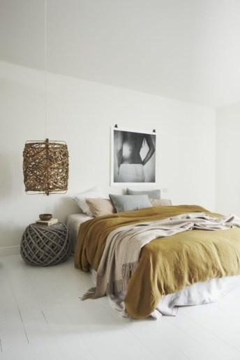 Inspiring earth color bedroom designs ideas 39