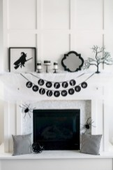 Inspiring halloween fireplace mantel ideas 49