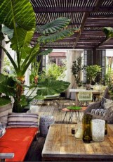 Lovely patio outdoor space ideas on a minimum budget (32)