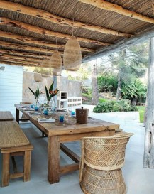 Lovely patio outdoor space ideas on a minimum budget (41)