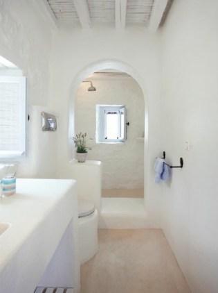Mediterranean themed bathroom designs ideas 10