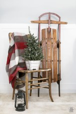 Minimalist and modern christmas tree décoration ideas 03