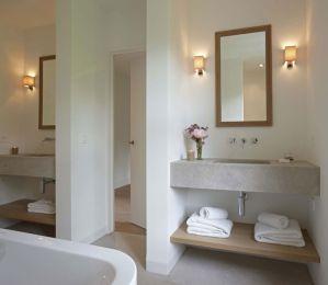 Modern bathroom with floating sink decor (52)