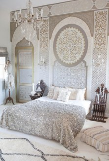 Moroccan themed bedroom design ideas 29