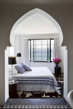 Moroccan themed bedroom design ideas 33