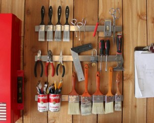 Neat and well-organized garage home decor ideas (29)