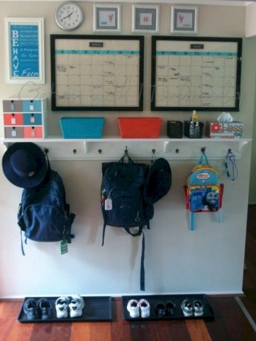 Neat and well-organized garage home decor ideas (51)