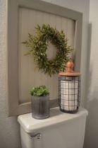Rustic farmhouse bathroom ideas you will love (35)