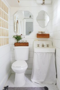 Simple bathroom ideas for small apartment 20