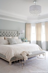 Simple bedroom design ideas with gold accents 35