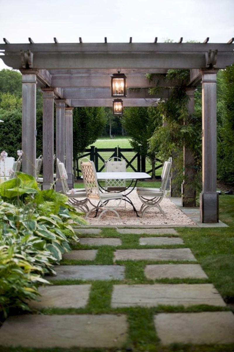 Simple patio decor ideas on a budget (1)