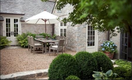 Simple patio decor ideas on a budget (18)