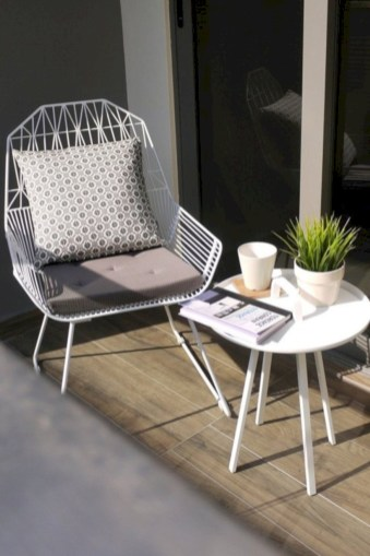 Simple patio decor ideas on a budget (53)