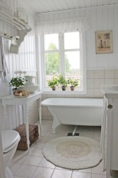 Small country bathroom designs ideas (26)