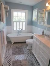 Small country bathroom designs ideas (42)