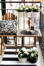 Stylish christmas décoration ideas with stylish black and white 41
