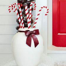 Stylish christmas decoration ideas using sleigh 27 27