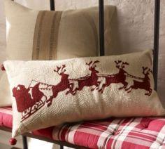 Stylish christmas decoration ideas using sleigh 37 37