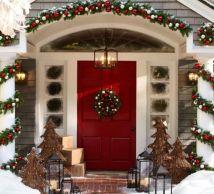 Stylish christmas decoration ideas using sleigh 4 4