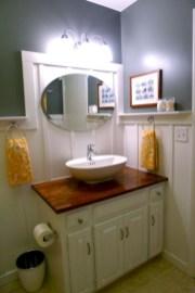 Unique diy bathroom ideas using wood (11)