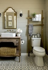 Unique diy bathroom ideas using wood (14)