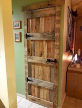 Unique diy bathroom ideas using wood (22)