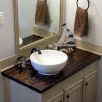 Unique diy bathroom ideas using wood (36)